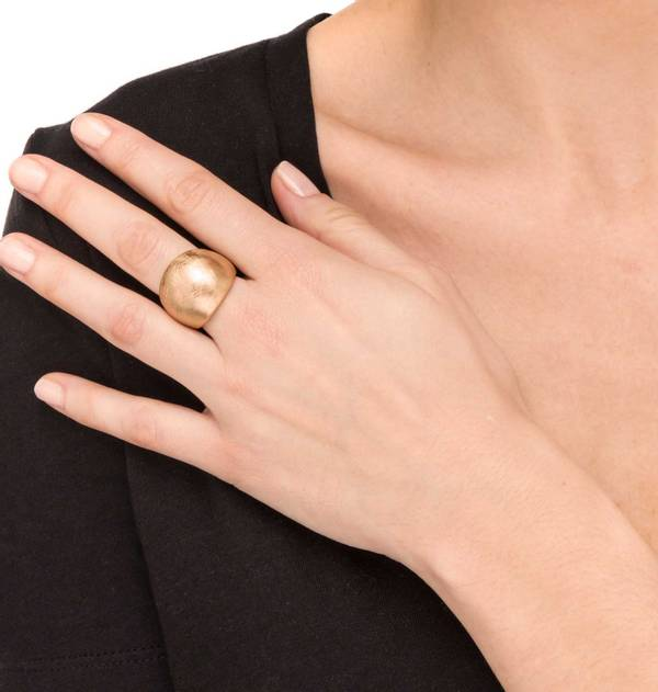 Wide Striped Gold Ring