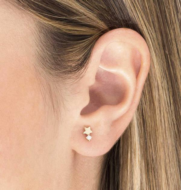 Individual Gold Star Earring with Zirconia
